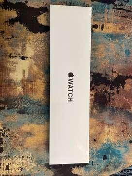 Apple watch SE 40 MM gps+cellular Brand new UNUSED