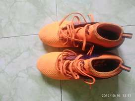 Nivia football boot