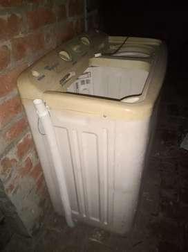 Whirlpool washing machine 8kg