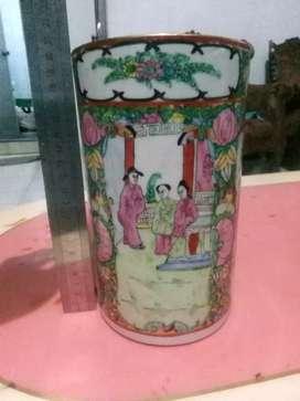 Qianlong Chinese Porcelain Famille Rose Keramik Guci Cina Antik