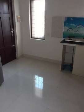 3bhk 1st floor house for ptofessional batcholers near manorama kottaya