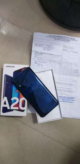 Samsung a20 3gb 32gb full kit available showroom