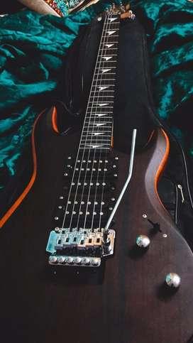 Electric guitar - Urgent sale!!