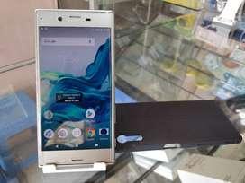 Sony Xprea XZ Silver 3/32gb MULUS SD 820 Harga pas ya garansi 2hri