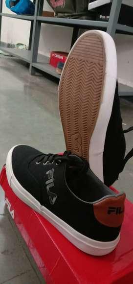 Fila branded new sneaker shoe,size-9