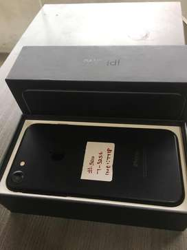 Iphone 7 128gb brand new condition with full kit