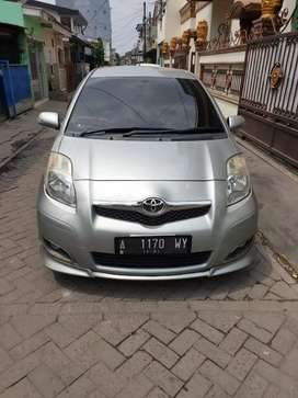 Yaris S limited Matic 2011.