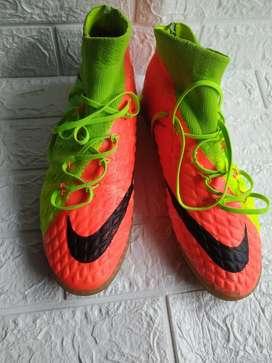 Sepatu futsal Nike Hypervenom size 44