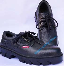 Sepatu safety kulit pendek tali