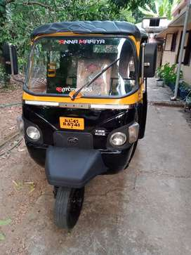 Auto mahindra  alpha 2012 model