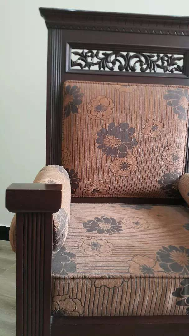 Solid wood bedroom chairs 0