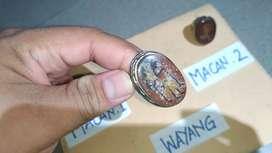 Cincin Antik Gambar Wayang dan Macan