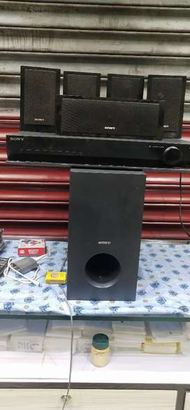 Sony  home theatre Rs7500