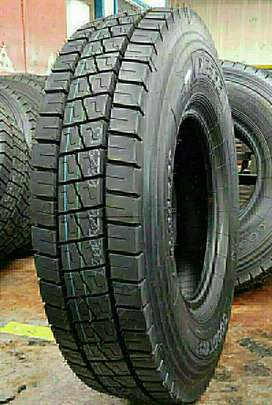 West Lake Radial Truck Tyre 10.00/R20 For Sale