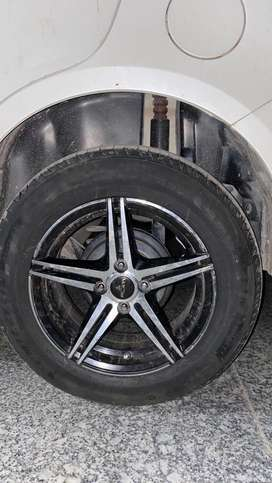 15 inch Alloy wheel and brand new michelin tyres 2 month old