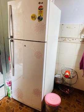 Double door 358 lt Refrigerator 4 star rating