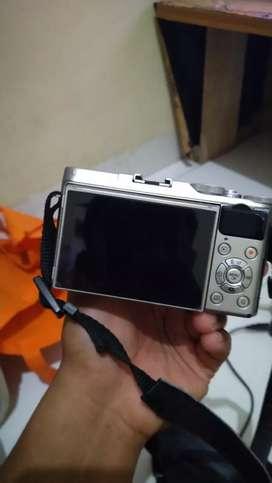 Dijual cepat mirrorless Fujifilm X-A3