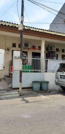 Dijual Cepat Rumah Kontrakan di Jl. Lorong 102 Tanjung Priok