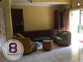 Dijual Rumah Cantik Rapi di Puspita Loka BSD Siap Huni