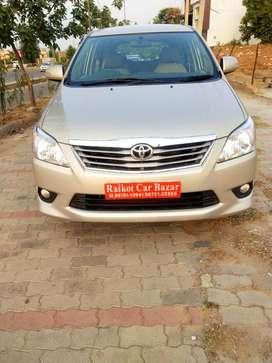 Toyota Innova 2.0 V, 2013, Diesel