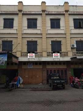 Ruko Gandeng MMTC ( Hadap Pasar )