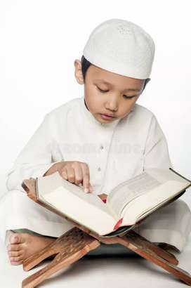 I m Urdu and arbi teacher who want to learn pls contact me