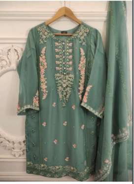 AGHA NOOR 2 PIECE DRESSES AVAILABLE