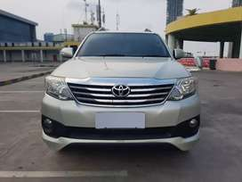 Toyota Fortuner 2.7G Lux TRD matic 2013