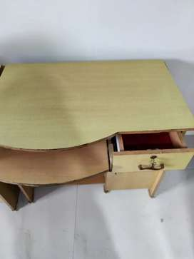 Study/Computer Table in good Condition