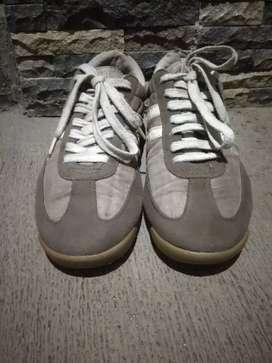 Sepatu ns classic size 42/43