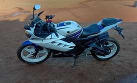 Yamaha R15 Version 2.0 Special edition