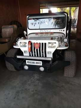 Shri Bala ji modifiers open Willys Hunter jeeps nd Gypsys