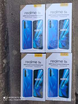 Unboxed Realme 5S 4gb+128GB for 11000