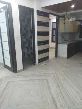 3bhk floor in great location with car parking