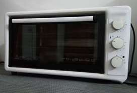 Luxell Microwave/Baking Oven