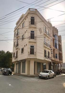 Commercial building available for sale