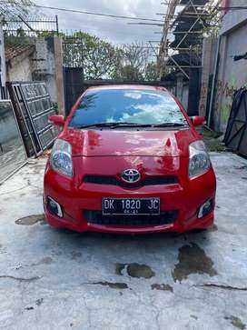Toyota Yaris 2013 S A/T