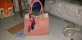 Tas tangan kulit pink