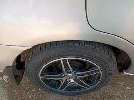 Center lock new tyre alloy wheels good