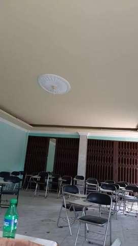 Kursi bekas .kursi mengajar . Kursi kampus kondisi 90%