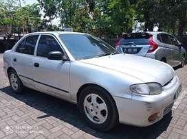 Hyundai accent  th 2000