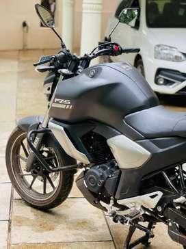 YAMAHA FZS-V3 MODEL 2021-800km only