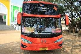 Bus HINO Pariwisata Mantap
