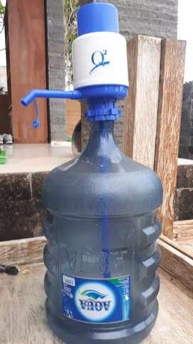 Galon aqua dan pompa