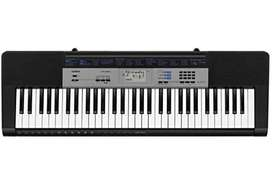 Piano - Casio 61 keys keyboard (black)