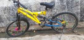 Babloo Yadav sector 115 noida