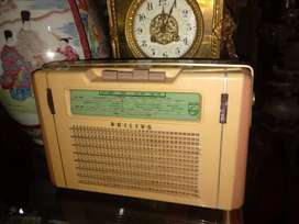 Radio philips antik