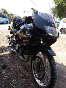 Ninja RR 150 hitam metalik