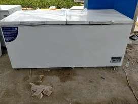 Frizer GEA 900 literdaging dan ikan