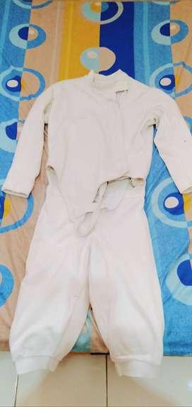 Dijual satu set rugi baju fencing